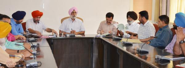 Guru Angad Dev Veterinary and Animal Sciences University signed  MOU with Markfed for transfer of technology for cattle feed for cows/buffalos yielding 5000 litre and 8000 litre per lactation (22.06.2018)