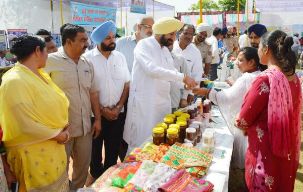 S. Balbir Singh Sidhu, Cabinet Minister for Animal Husbandry, Dairy Development, Fisheries and Labour visited the stall in Mahila Kisan Diwas on 15 October, 2018 at KVK, SAS Nagar Mohali