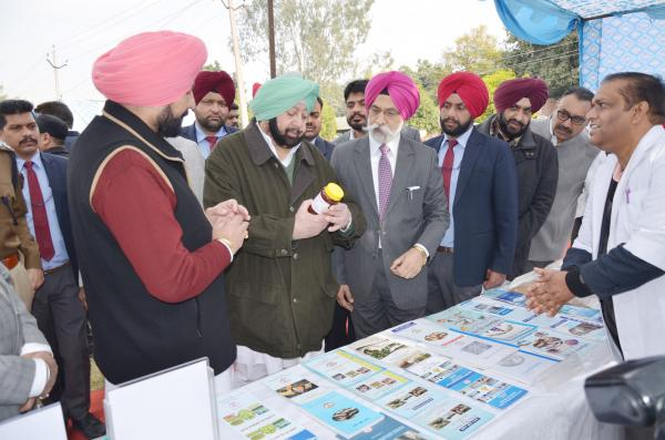 Capt. Amrinder Singh, Honble Chief Minister, Punjab interacting with faculty of College of Fisheries (15.01.2019)
