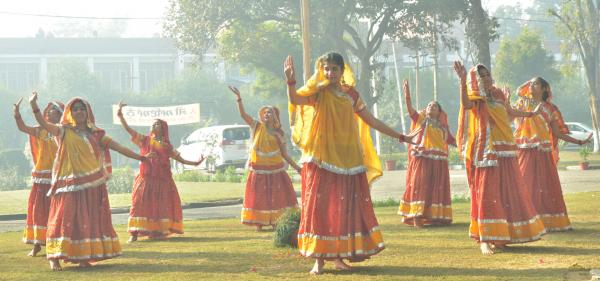 Student perform dance on Celebration of Republic Day on 26-1-2020