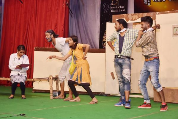 Theatre peformance by students in 9th Youth festival on 14-11-2018