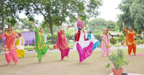 Students Participate in the Celebration of 72nd Independence Day on 15th August 2018