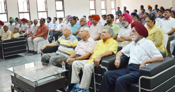 Faculty, retired teachers including former Deans and officers of the university graced the occasion on Celebrations of Teachers Day