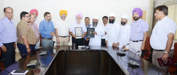 Guru Angad Dev Veterinary and Animal Sciences University has inked a MoU with Namdhari Food and Dairy Industries, Ludhiana for transfer of technology of Low and Medium Fat Fruit Ice-cream (Sugar Free) and High Protein Blackcurrant Fruit Lassi (Sugar Free)