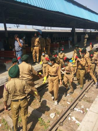 NCC Cadets of Guru Angad Dev Veterinary and Animal Sciences University, Ludhiana carried out various activities in the Swachhta hi Sewa campaign